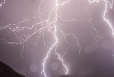 Velika oluja Sabine oduzela živote i stvorila velike štete diljem Europe